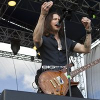 Myles Kennedy of Alter Bridge at Fort Rock 2017