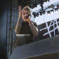 Jacoby Shaddix of Papa Roach at Fort Rock 2017.