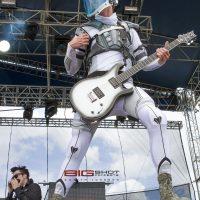 Starset guitar player at Fort Rock 2017