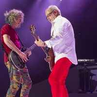 Bruce Watson and Mick Jones of Foreigner