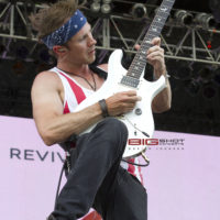 Stellar Revival performs during RockFest 80s